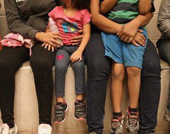US Ends Family Immigration Detention