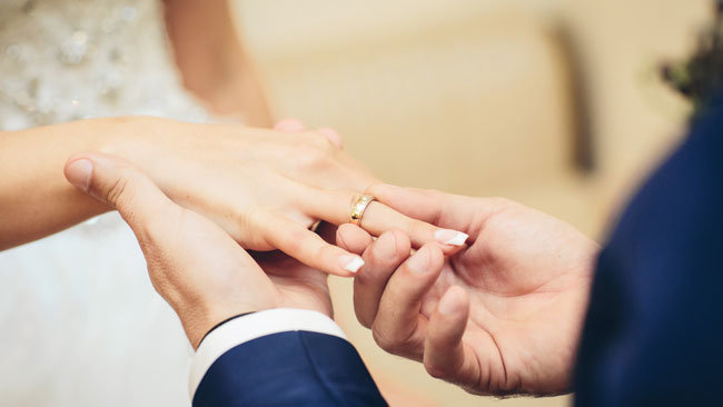 marrying while on Visitor Visa in Canada