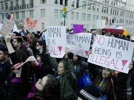 """Immigrants Begins A """"Day Without Immigrants"""" To Protest Against Trump's Ban"""