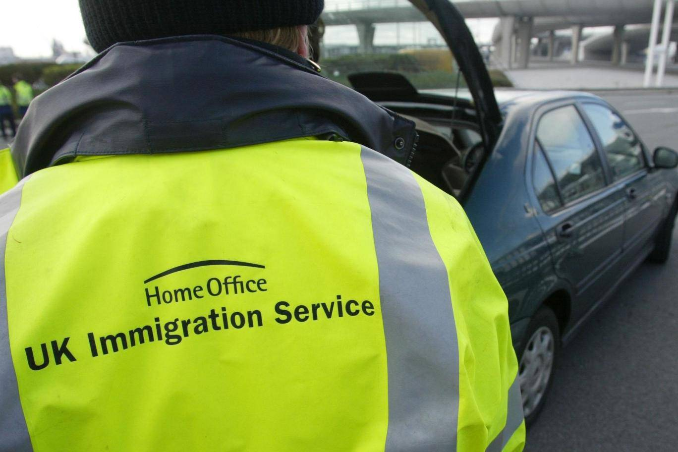 London Police warning Immigration Scam