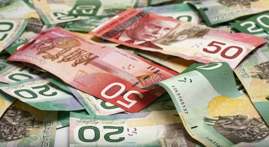 Coming to Canada? Here's what you should know about carrying or moving 'Cash' to Canada