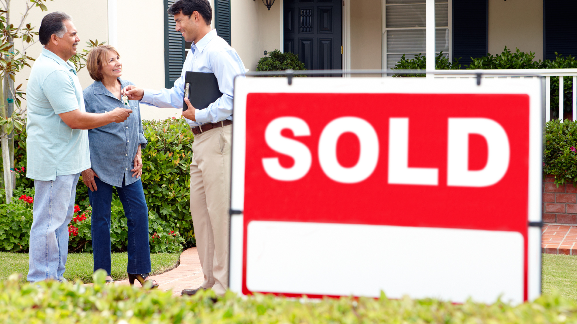 Buying property gets tougher in Canada for New Immigrants