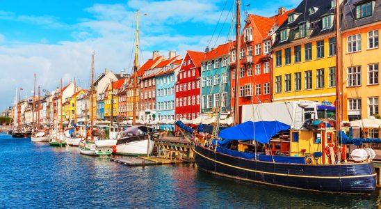 Denmark Green Card Scheme - Eligibility - Point System - Duration & Benefits
