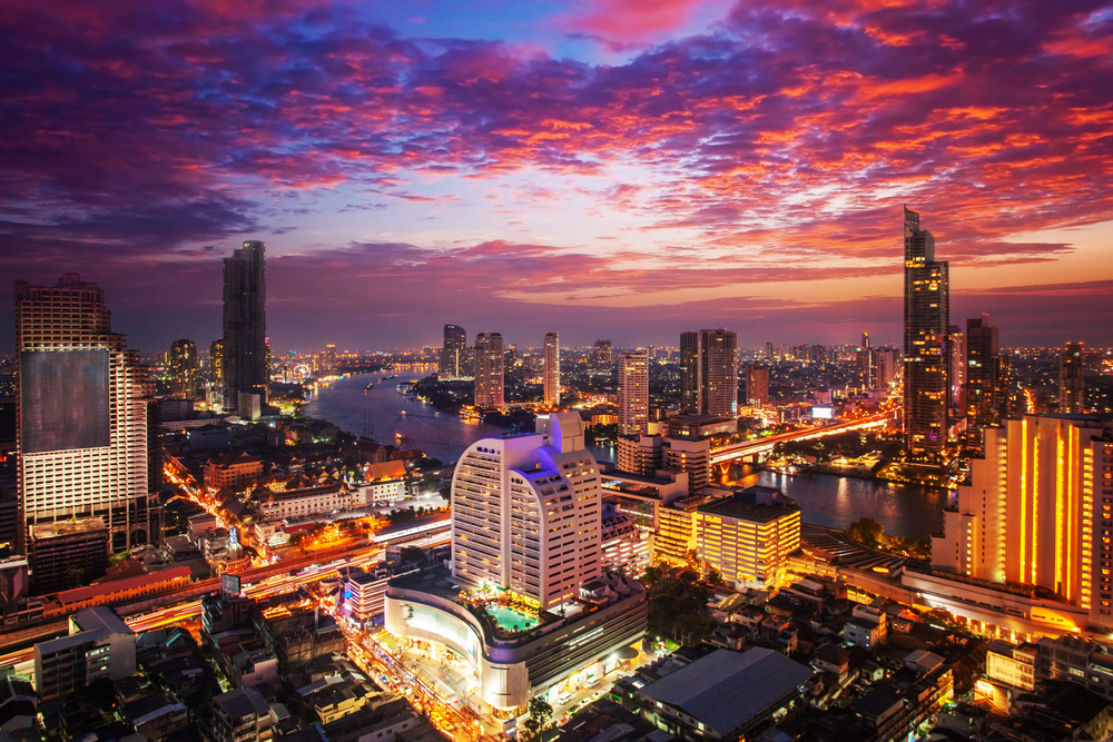 Benefits of Traveling to Singapore and Bangkok When Leaving Canada on a Holiday