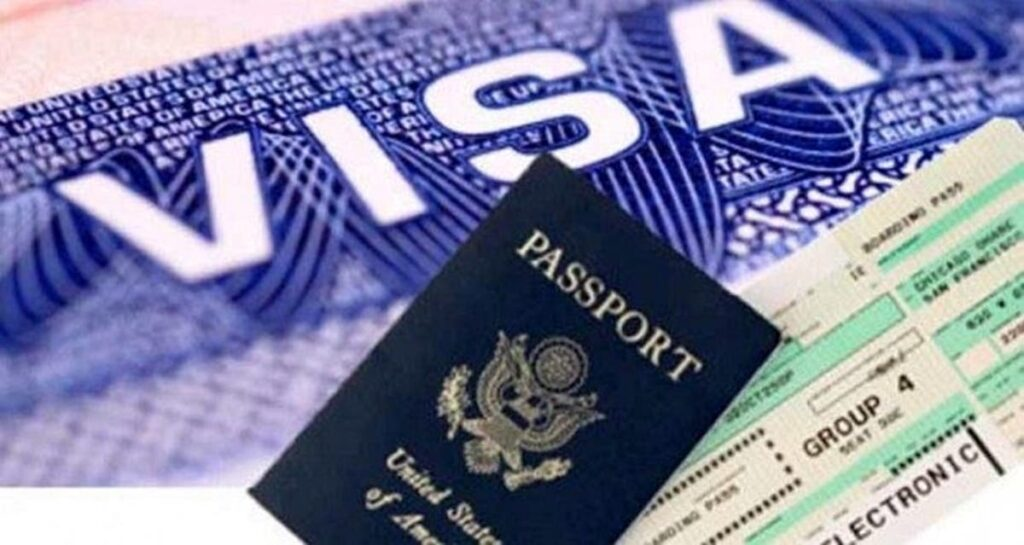 Diversity Visa Program: How to Register and Submit an Application?